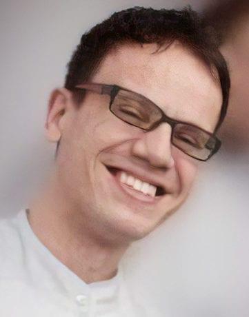dr Łukasz Musiał - specjalista chirurgii stomatologicznej - Zespół - Przychodnia stomatologiczna w Tarnowie Oftaldent