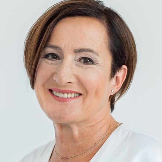 Dr Marta Łabno - specjalista protetyki i stomatologii ogólnej - Zespół - Przychodnia stomatologiczna w Tarnowie Oftaldent